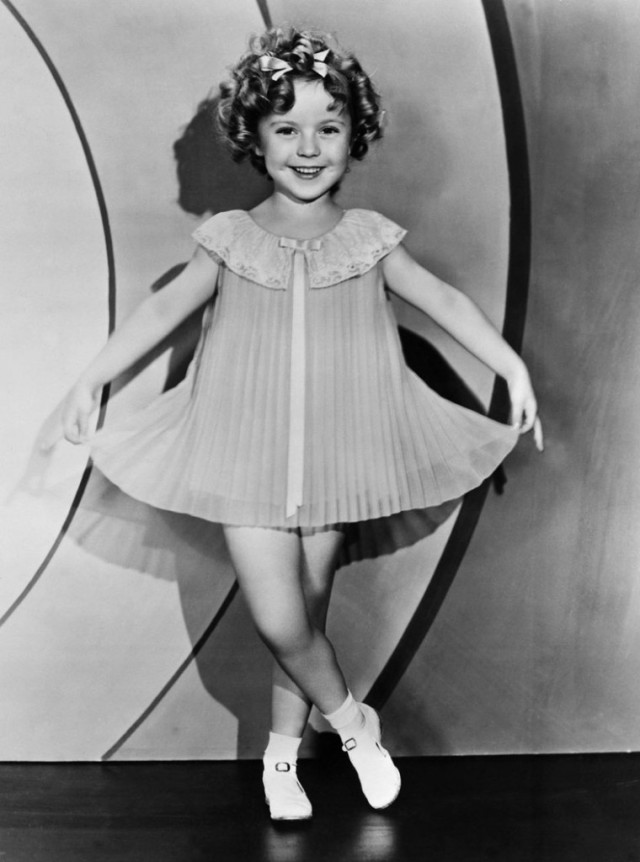 curtsy shirley temple
